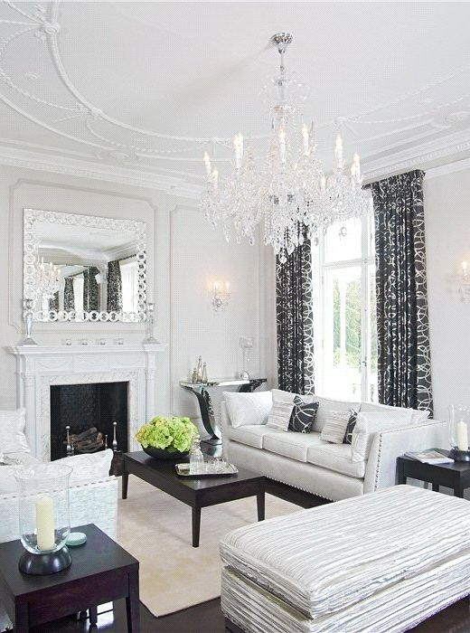 What's black, white, and classy all over? This. So lovely – I want to decorate like this.