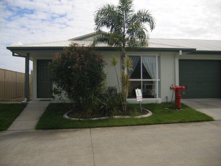 Palm Lake Resort :: Villa 150     $289000