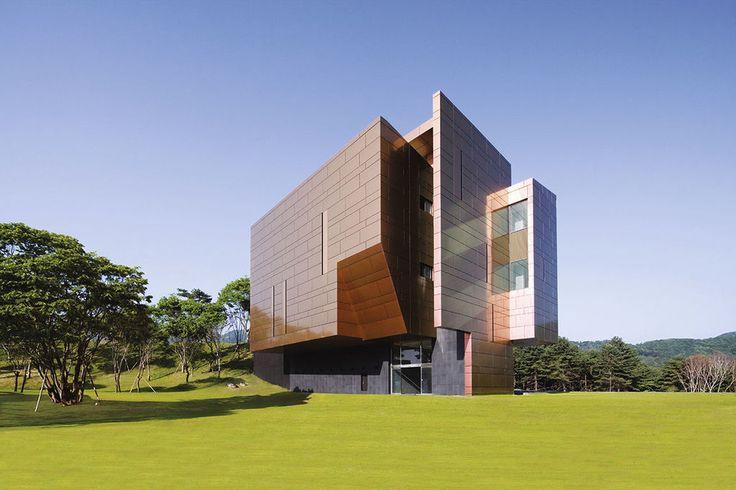 Panel que representa características optimas para cumplir los diseños arquitectónicos más exigentes.