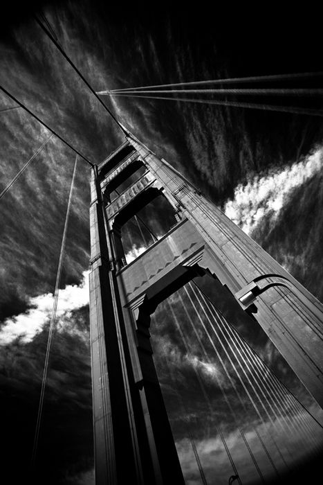 B Biking the Golden Gate. December 3, 2007.    Exif: Canon 5D   Canon 17-40 f/4L @17mm   f/9.0   Av   1/40 sec   ISO-50    © Copyright 2006-2007 Patrick Smith. All Rights Reserved.