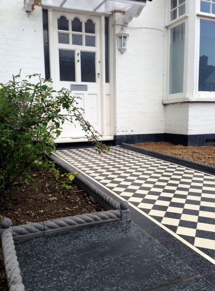 Find This Pin And More On Front Garden Ideas By Tom Ontour