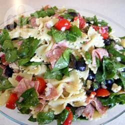 Spinach and Feta Pasta Salad @ allrecipes.co.uk