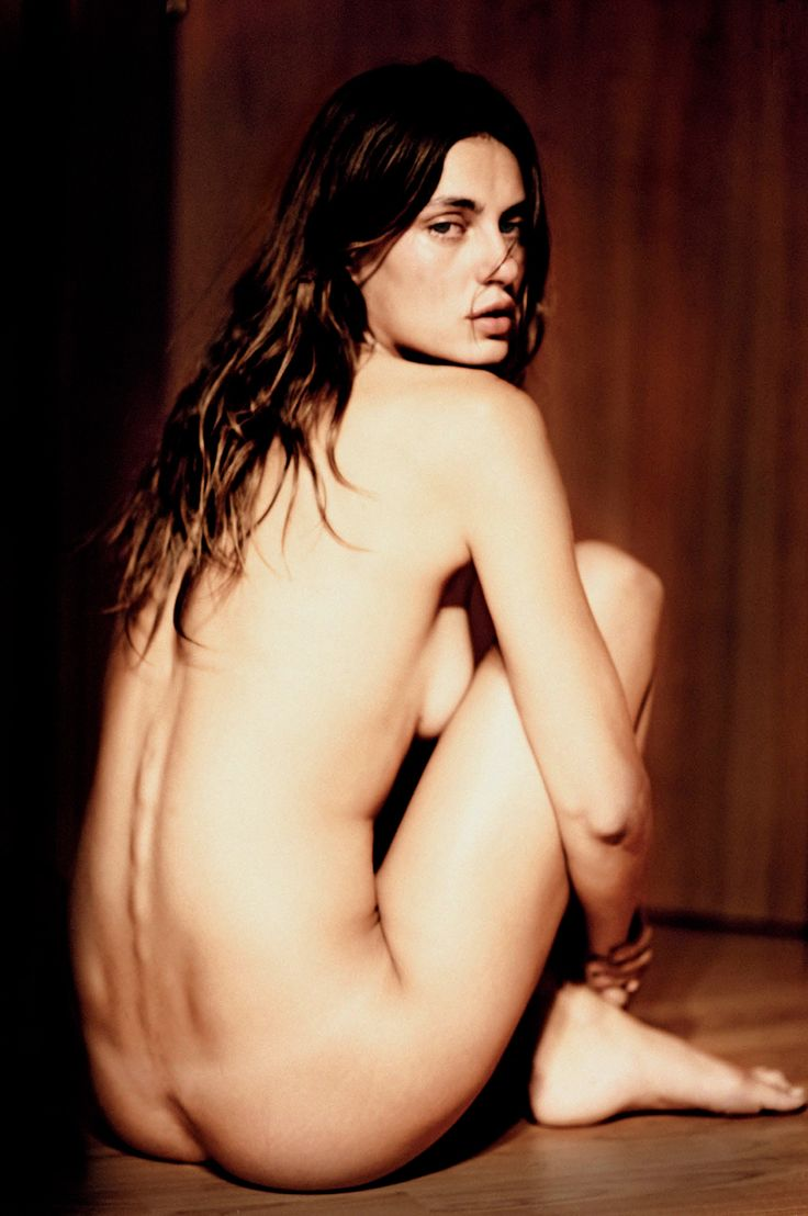 Naked Share 21