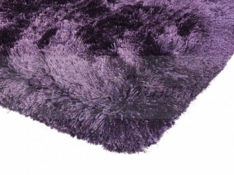 Plush Shaggy rug in opulent colour