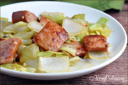 Kielbasa and Cabbage Skillet on www.veryculinary.com