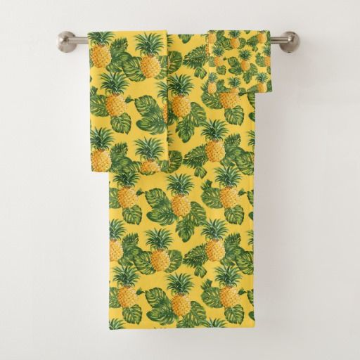 Pineapples & Tropical Leaves On Gold Bath Towel Set