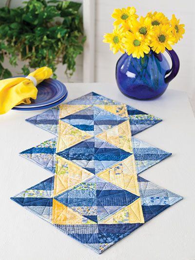 Triangle Illusions Table Runner Pattern - Quilting Digest