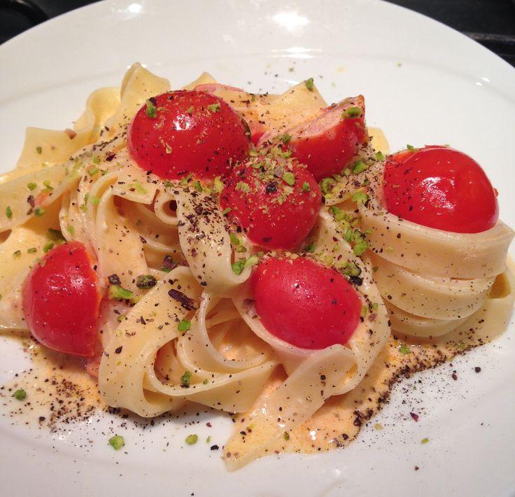 Tagliatelle saltate con pomodorini