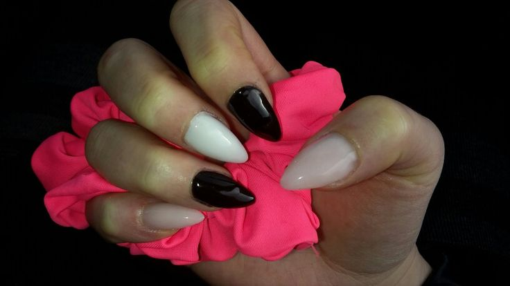 Hell rosa - schwarz - weiß ♡