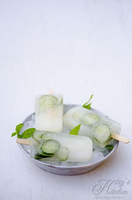 ghiaccioli cetriolo e limone by Elisakitty's Kitchen, via Flickr http://www.kittyskitchen.it/ghiaccioli-al-limone-cetriolo-e-menta.html