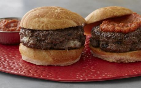 Killer Inside-out Burger with Worcestershire Tomato Ketchup by Guy Fieri (Beef, Cheese) @FoodNetwork_UK