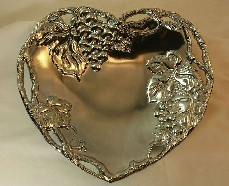 Vintage Arthur Court 2002 Heart Shaped Dish/Bowl Grape Leaves with Cutouts
