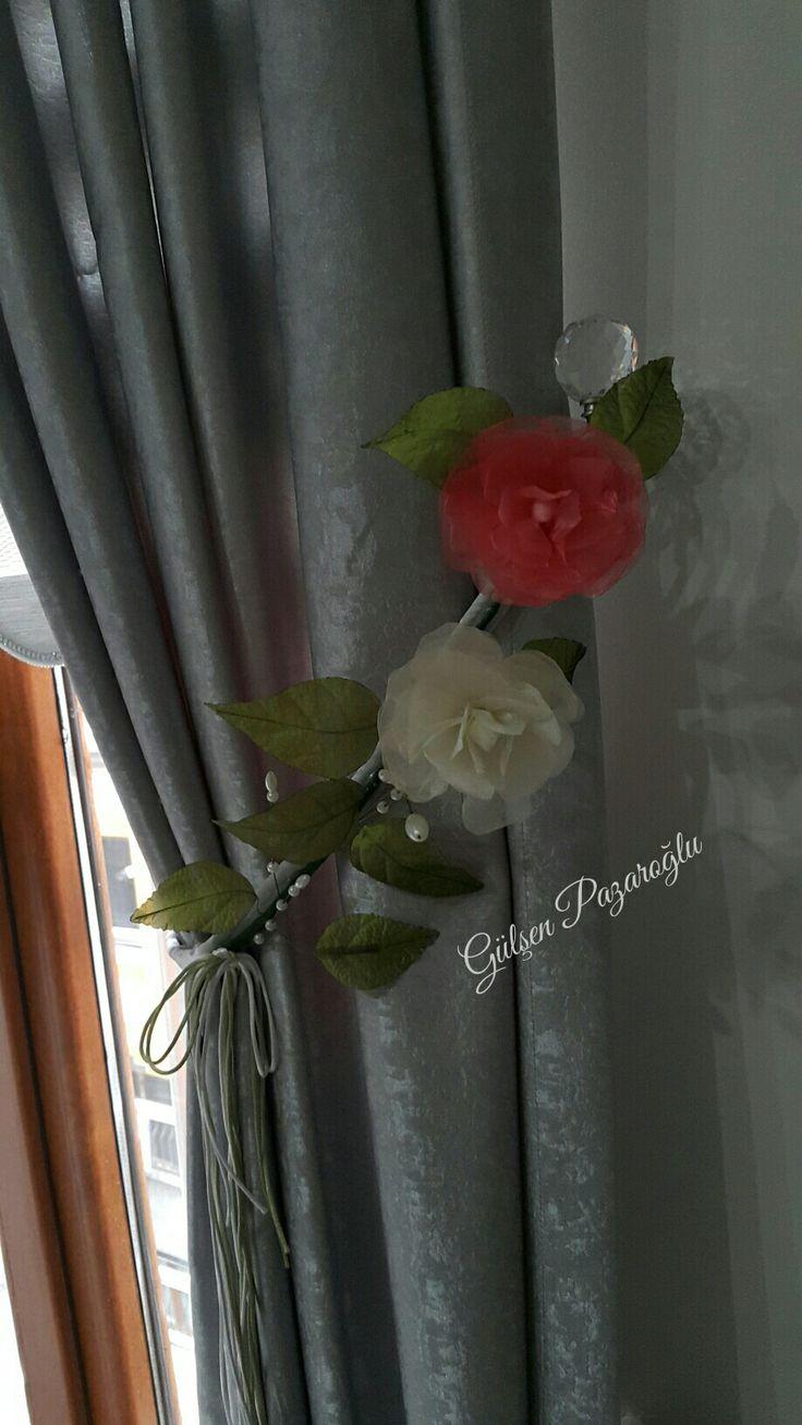 Perde bağı çiçeği