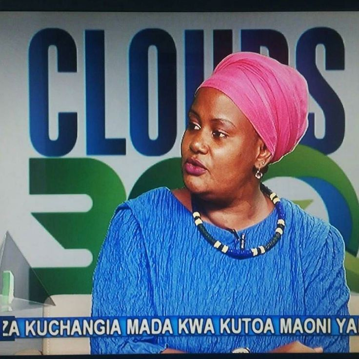 Tanzania's president @johnpombemagufuli today called @cloudstv to praise the TV's morning show #clouds360 and declared being it's biggest fan.My all time friend @babbiekabae hosts it.Suuupa proud to be associated with you and the amazing work you do girl.Vulcan salute dada #Tanzania #tv #bongo by koigibob