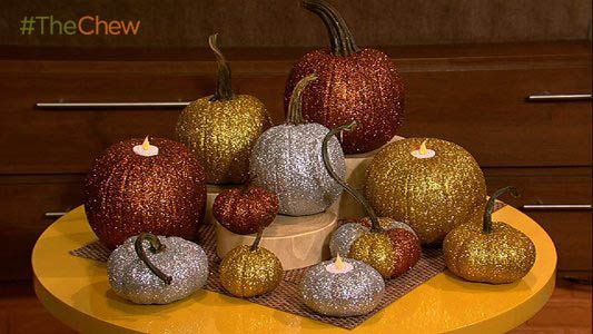 Glitter Pumpkin Tea Light Candle Holders #ClintonsCraftCorner #TheChew