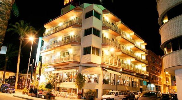 Hotel Marynton - #Hotel - $45 - #Hotels #Spain #Benicarló http://www.justigo.org/hotels/spain/benicarlo/marynton_25903.html