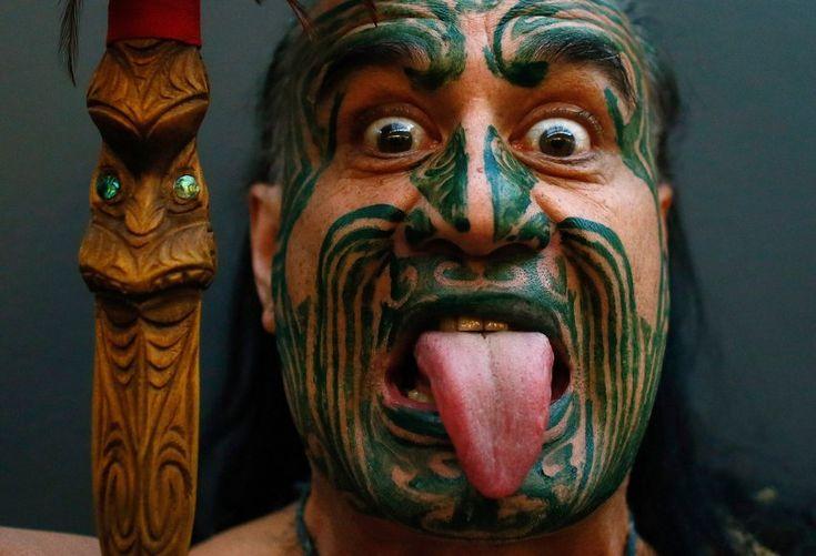 Maori mit Moko: Das Gesichtstattoo erzählt, woher der Träger stammt, zu welchem Stamm er gehört und etwas über seine Eigenschaften