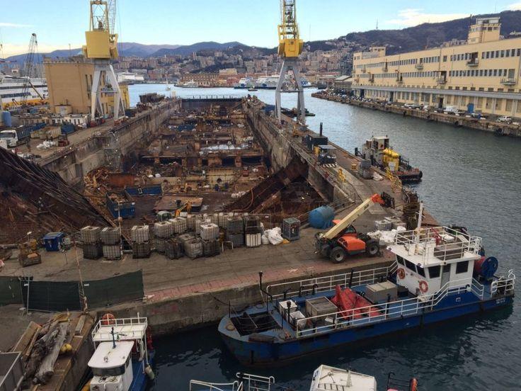 Ecco quel che resta della Concordia a Genova