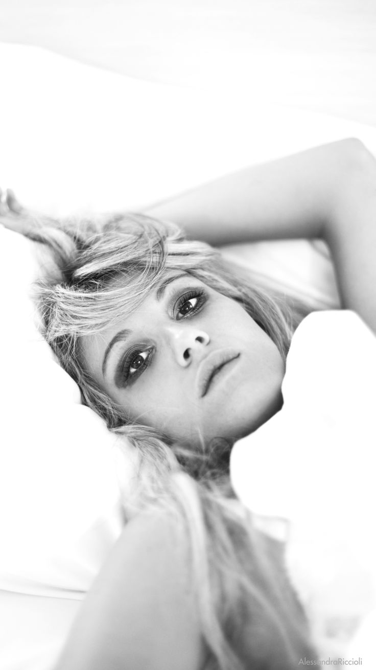 www.behance.net/alericcioli #portrait #girl #fashion #lingerie #bed #white #morning #breackfast #long #hair #happy #happiness #blackandwhite #alericcioli