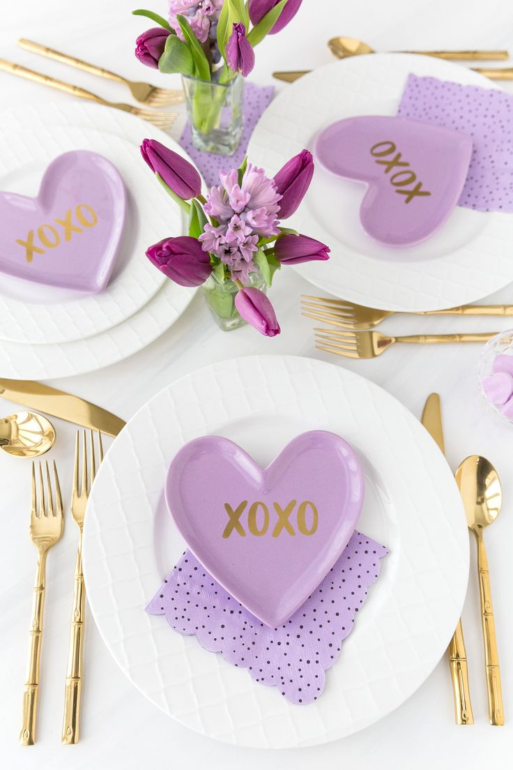 Valentine's Day Tablescape: 3 Ways | Pizzazzerie
