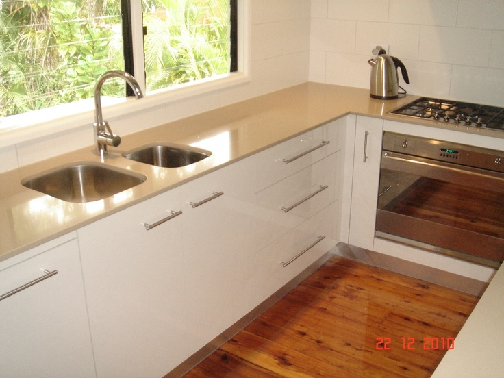 Australian Made Oliveri Undermount Dual Sinks In This Cleverly Designed  Kitchen. Chocolat Sand   Han