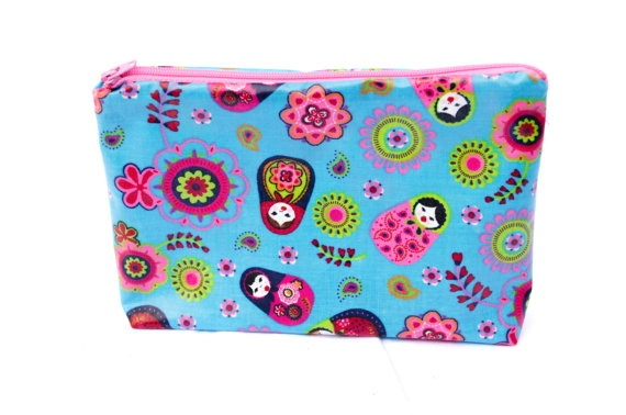 Blue colorful babushka zipper pouch water resistant by Aylasworld, €7,50