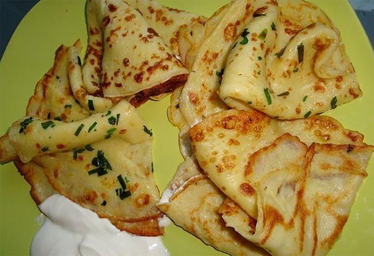 Echipa Bucătarul.tv vă oferă o rețetă din bucătăria slovacă, și anume clătitele de cartofi. Slovacii au o imaginație bogată când vine vorba de cartofi, ei nu prepară piure sau cartofi copți (prăjiți), dar fac din cartof o adevărată vedetă culinară. Aceste clătite sunt foarte fine și pot fi servite cu smântână, diverse salate sau cu …