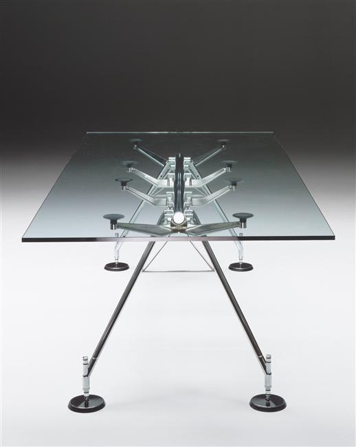 Table Nomos Norman Foster Sir N 233 En 1935 Pour Tecno