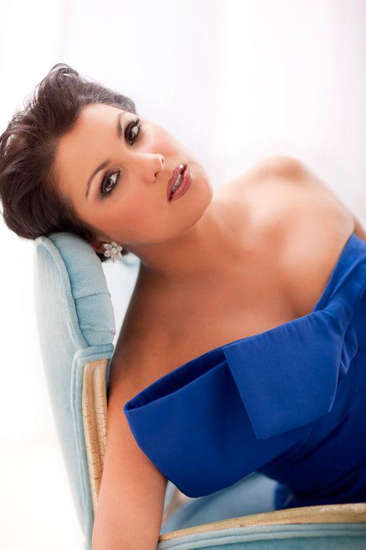 The Beautiful and amazingly talented soprano Anna Netrebko.