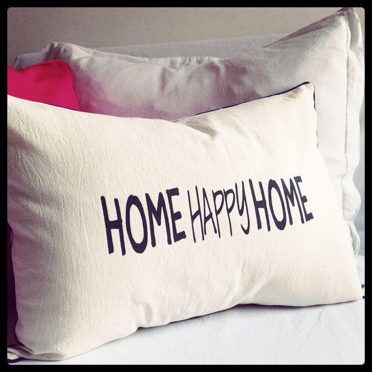 Almohadones para hogares felices! facebook.com/bharanideco Instagram @bharanideco Twitter @bharanideco www.bharani.com.ar