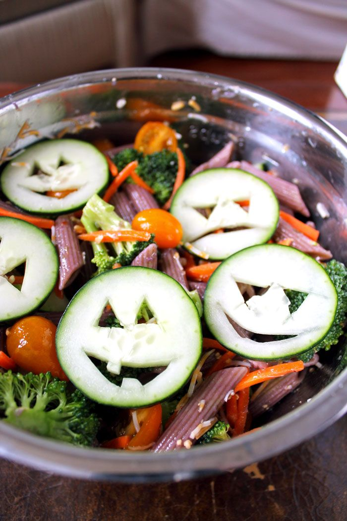 Healthy Halloween Pasta Salad - A Halloween party recipe you won't feel guilty about!