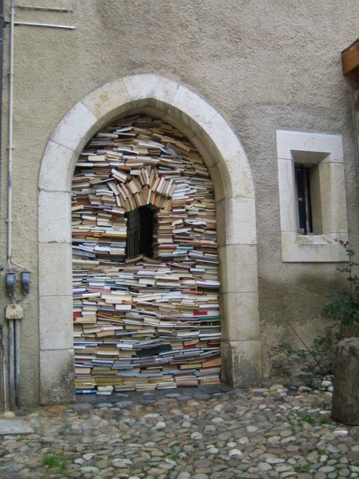 Libri per riempire un vuoto