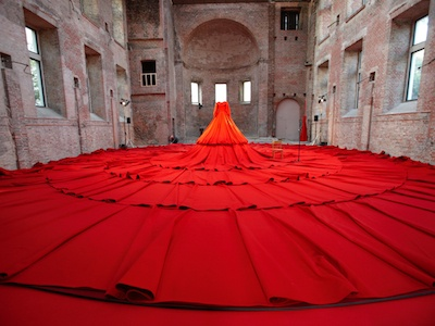 """""""Little Red Dress"""" Installation by Aamu Song for The London Design Festival"""
