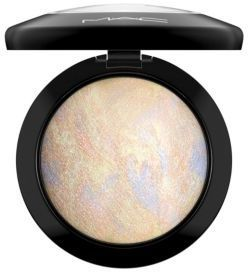 MAC Mineralize Skinfinish - Pressed/0.35 oz.
