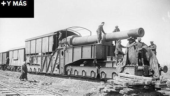 Transporte ferroviario y cañón empleado por el Ejército de EE UU a finales de 1918.