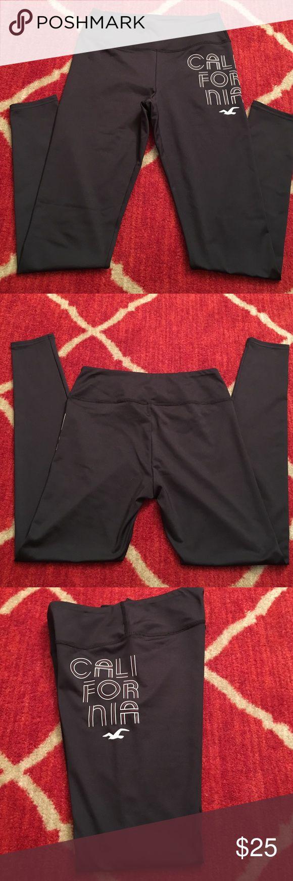 Hollister legging Hollister legging, worn once, like new. Comes from smoke free home! Hollister Pants Leggings