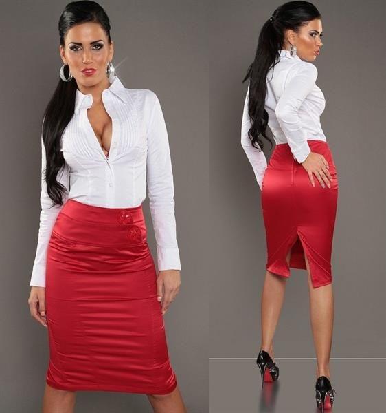 Шёлковая красная юбка карандаш