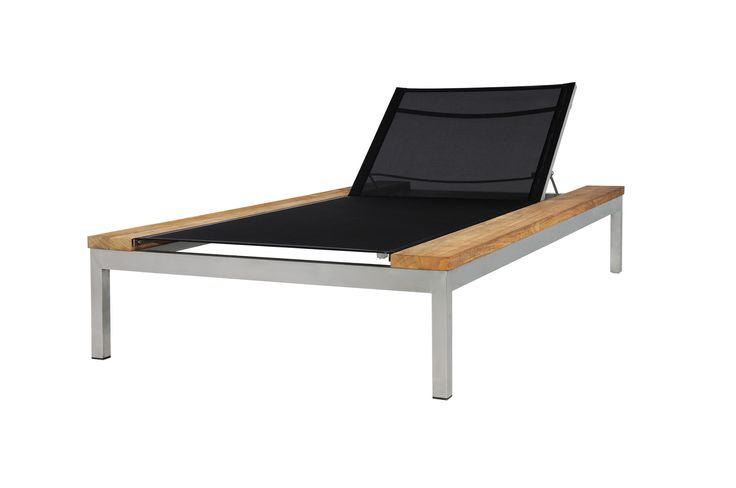 Mamagreen Oko Chaise Lounge $2,800