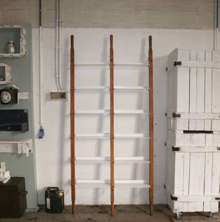 #3842 WandRack-Double Bruin Basic met RAL 9016 witte planken | Limited Edition Collectie | INDOMUS