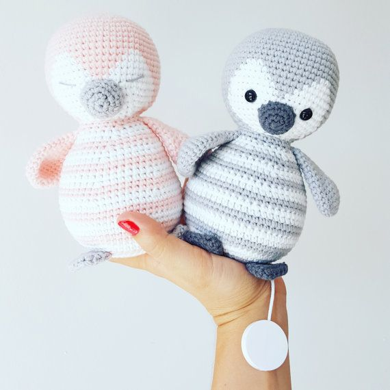 "Amigurumi crochet instructions ""Penguin Pitschu, game clock and Teddy to snuggle up"" (German & English) PDF"