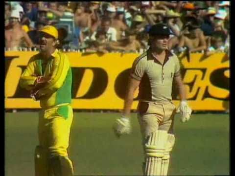Most disgraceful moment in the history of cricket - YouTube