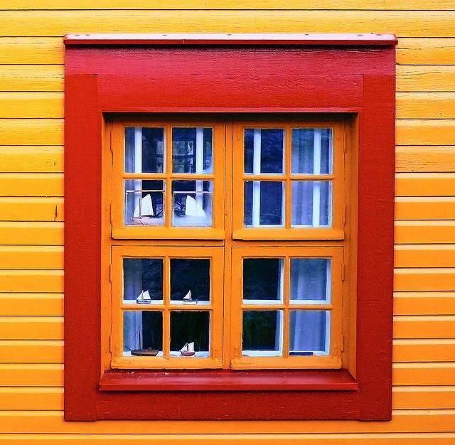 Suomenlinna windows