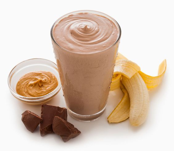 A bedtime snack that builds muscle? Yes! A protein shake just before bed helps build muscle by 22%: