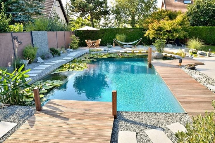 Pool und Spa Umbau von Swimmingpool zu Naturpool samt Whirlpool