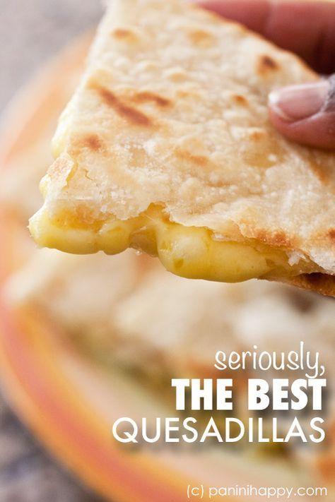 Get the secrets to making restaurant-quality quesadillas at home! #quesadillas #quesadillarecipe