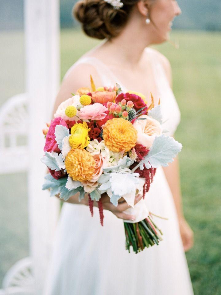 楽しく明るい色の農場新鮮な花