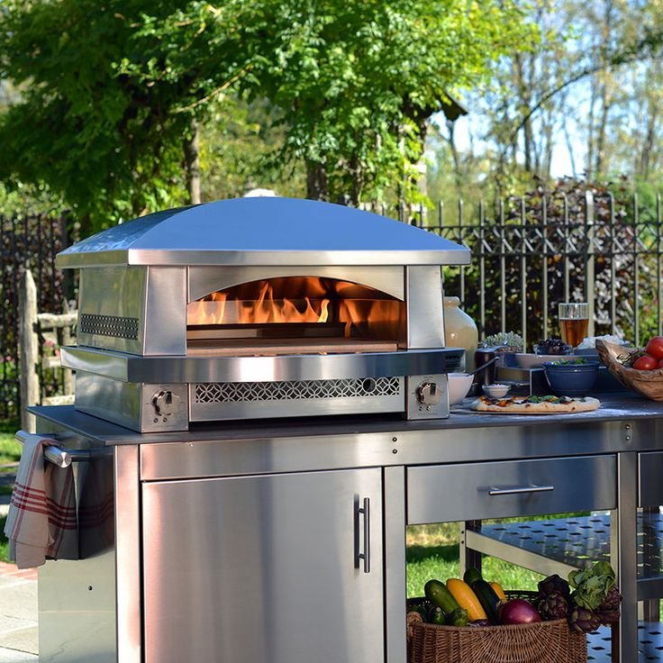 Outdoor Pizza Ovens: The Backyard Pizza Oven | Kalamazoo Outdoor Gourmet