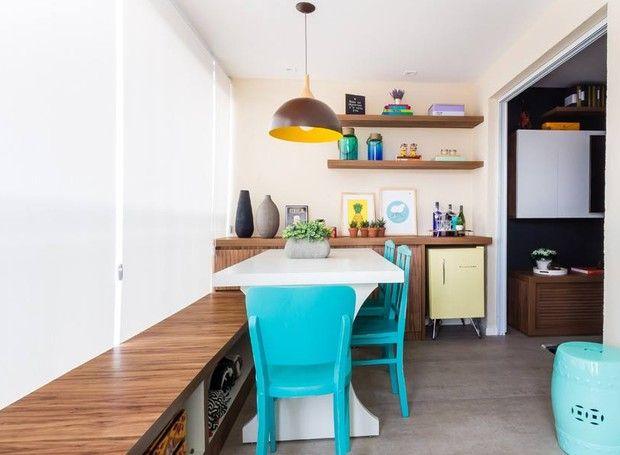 Marcenaria de baixo custo transforma apartamento pequeno de 55 m²