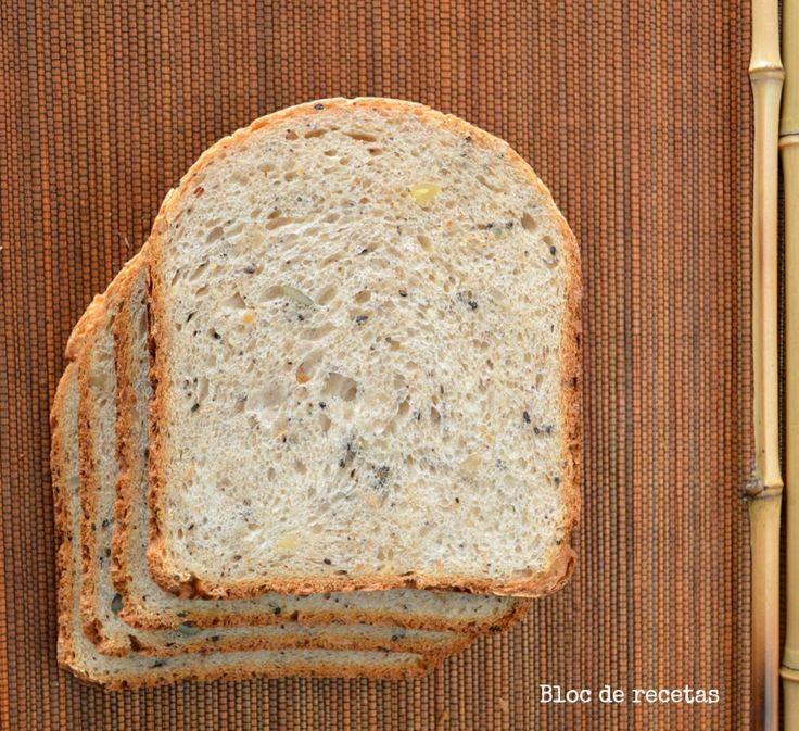 Bloc de recetas: Pan de espelta integral con semillas y buttermilk en panificadora