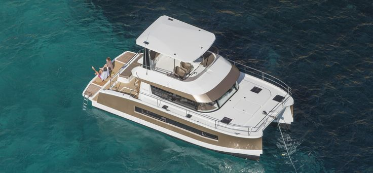 Are you looking for a catamaran for sale? This represents a big investment, and thus it is vital to choose with care. Luckily, Multihull Solutions is an industry leader, and we can provide you with exactly what you need. Call us today.